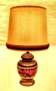 pottery urn lamp1