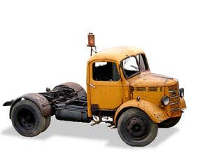 junkyard truck 1
