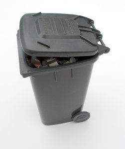 garbage bin 1