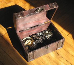 treasure box: none