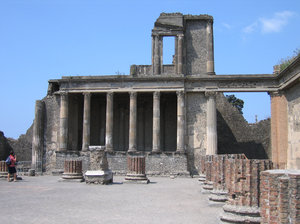 Pompeii ruins: Ruins of some kind of public building (bath house?) destroyed by the eruption of the Vesuvius volcano in 79 A.D. in Pompeii, Italy.