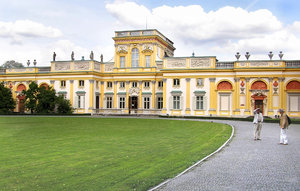 Wilanow palace: A palace in Wilanow.Please comment this shot or mail me if you found it useful. Just to let me know!I would be extremely happy to see the final work even if you think it is nothing special! For me it is (and for my portfolio).