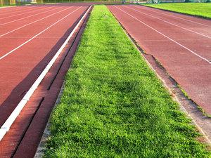 empty track 1
