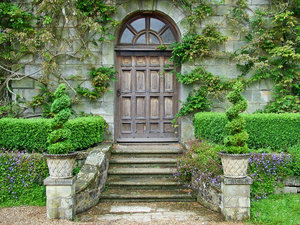 door at wakehurst