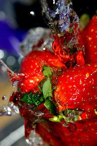 Strawberry Splash 01
