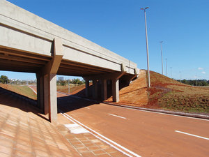 > Road 3: Via L4 de Brasília. Brasil.L4 of Brasilia. Brazil.The photo is free, however it will be possible credits the photo: Marcelo Terraza Foto livre, porém se for possível credite a foto. Marcelo Terraza