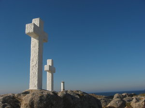 Crosses 5: White crosses in the seashore