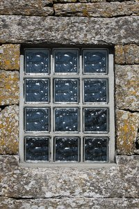 Squared window