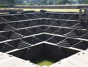 Public Bath at Hampi 1