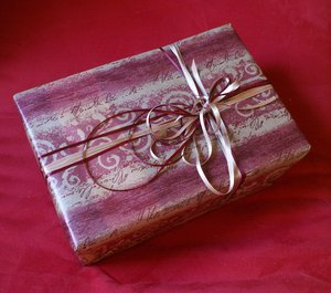 gift wrapping 2