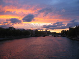 Sunset in Paris 3