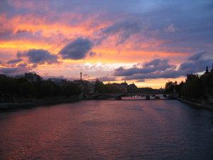Sunset in Paris 3