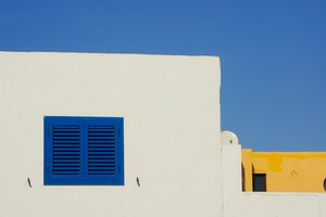 Blue shutters: Blue window shutters