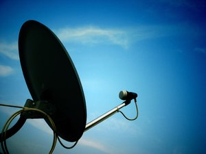 Antenna: Very good image depicting network and communication.This image is of my DTH