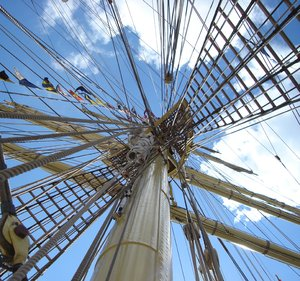 Mast: Mast at tall ship