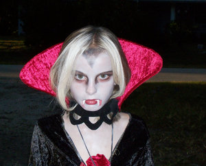 Vampire!!!: trick or treat....