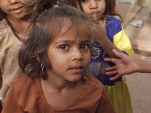 indian girl 3: All of my non human subject photos are unrestricted so you do not need to contact me for permission. If you are planning on using a photo with people, please contact me in advance. Please mind that I will not allow them to be used for any religious purpos