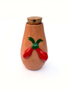 Pepper jar: Brazilian handcraft: pepper jar