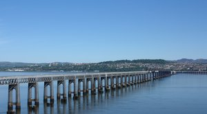 Tay Rail Bridge: Views of Dundee and Tay Rail Bridge