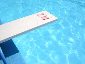 in the swimmingpool 4