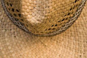 Strow hat IV: Strow hat detail