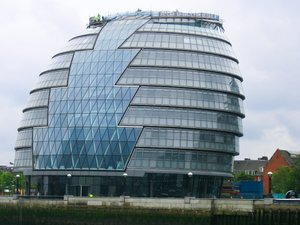 glass building london cityhall