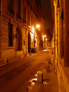 quartier latin by night
