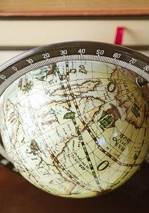 Globe book stand