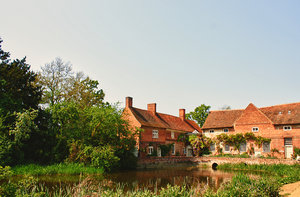 Houses on the river: Old Engish houses on a riverside