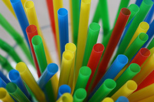 Straws: Colorful straws macro