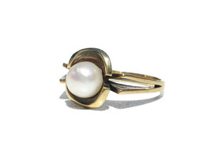 old pearl ring