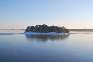 Baltic Winter: Late first ice in January. Western Finland.