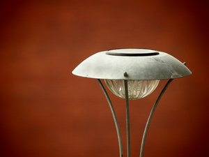 Pinhole: Solar energy lamp