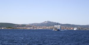 Ferries in Sardinia: Ferries crossing betwen Sardinia and the Maddalena Islands.