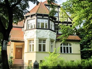decorated facade: house with a decorated facade in Berlin, Germany