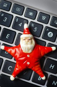 Star Santa on keyboard