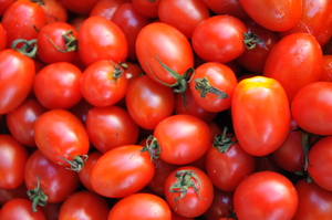 cherry tomatoes: fruits and vegetables texture