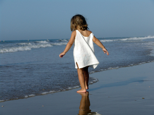 Jimena 01: Child at beach