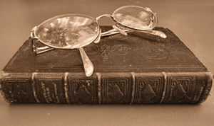 Bible & glasses1sp