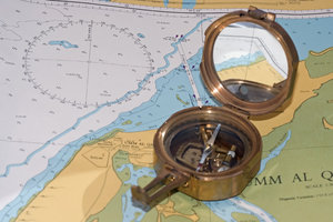 Sea compass 2: Compass on the sea map
