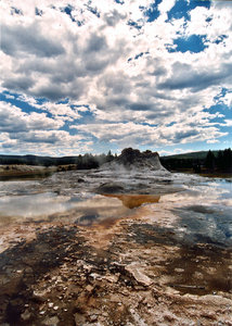old geyser: geyser in Yellowstone national park