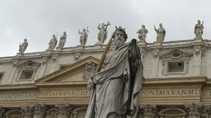 Statues in Vatican: Statues in front of the Cathedral in Vatican