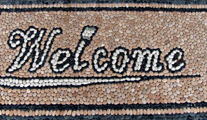 mosaic pebble welcome