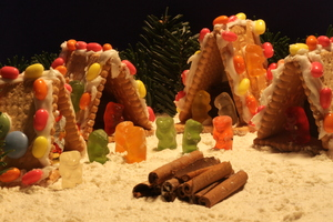 Christmas village 2: Gingerbread house from cookies