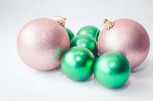 Christmas Baubles 25