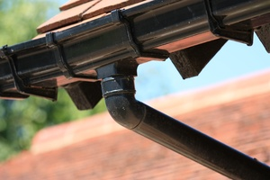 Drain pipe: Drain pipe and guttering